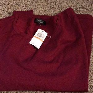 Maroon sweater!!